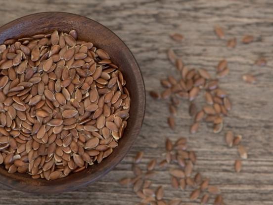 Диетолог Мухина рассказала о пользе и вреде льняного семени.